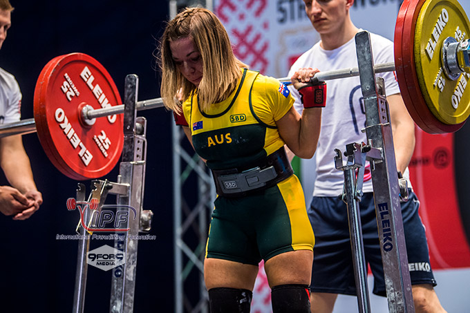 Liz Craven: From Party Girl to Powerlifter